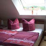 Ferienwohnung-Flecken-Zechlin-Wohnung3-Schlafzimmer1-01